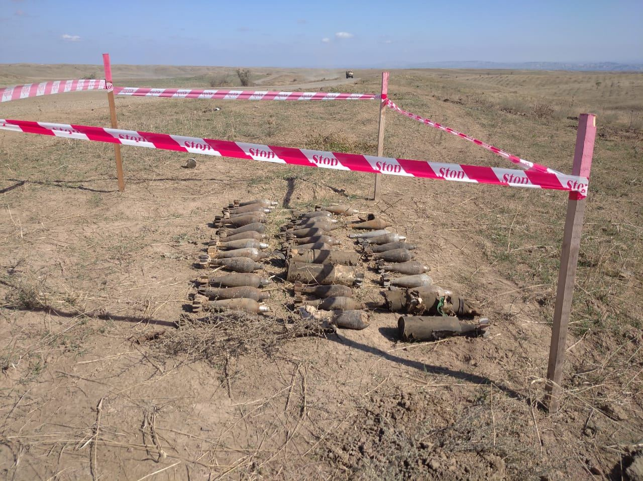 Azerbaijan's ANAMA clears out unexploded ordnance from occupied lands (PHOTO) - Gallery Image