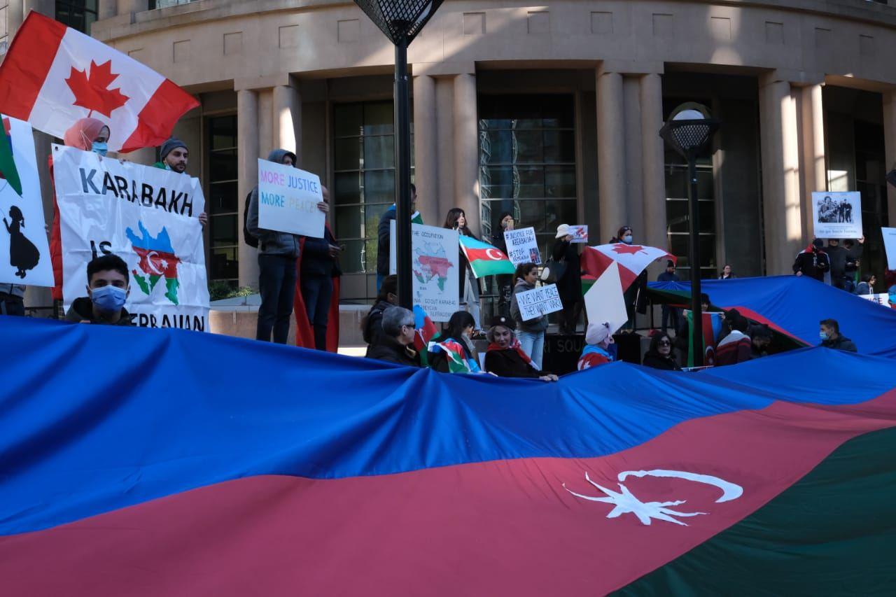 В Канаде прошла акция протеста против армянского террора в Гяндже (ФОТО) - Gallery Image