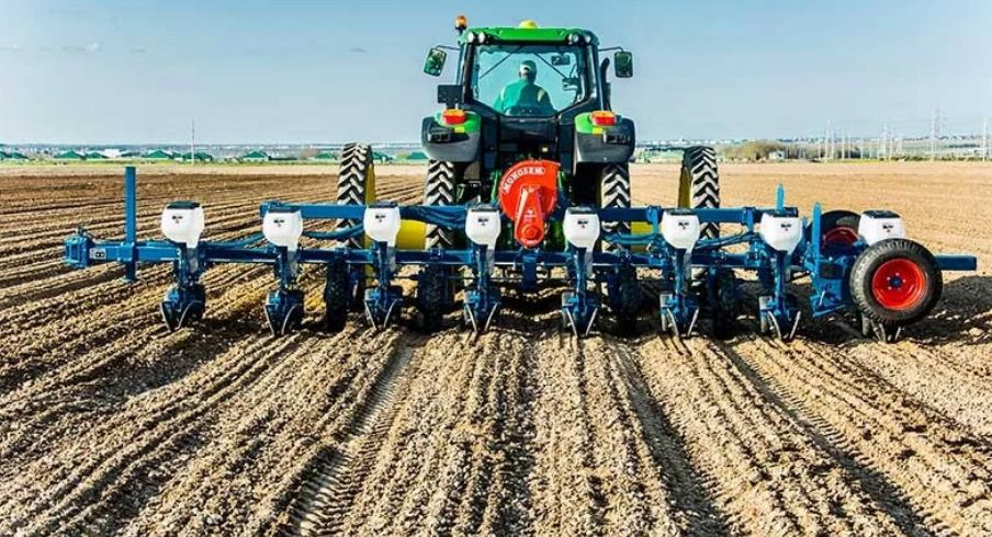 Tractors with telepathic system used to cotton planting in Turkmenistan's Lebap region