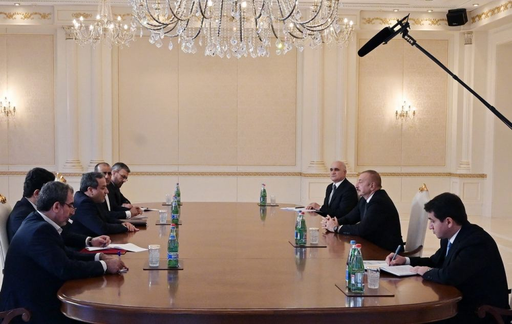President Ilham Aliyev receives delegation led by Special Envoy of Iranian President (PHOTO) - Gallery Image