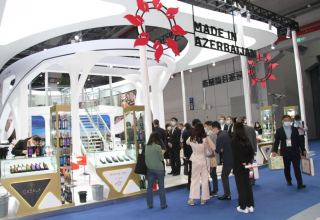 Products of over 20 Azerbaijani companies presented at exhibition in China (PHOTO)