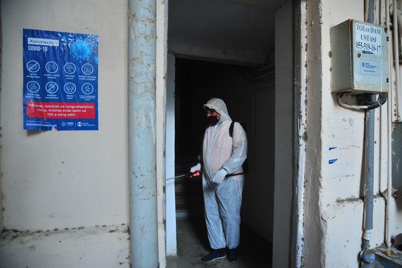 На улицах Баку проводится очередная дезинфекция (ФОТО) - Gallery Image