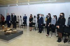 В Баку отметили десятилетие включения традиционного азербайджанского коврового искусства в Список нематериального культурного наследия ЮНЕСКО (ФОТО) - Gallery Thumbnail
