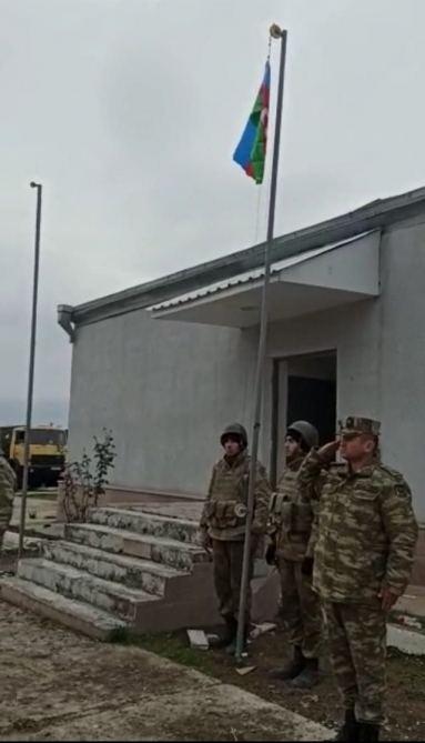 Ağdamın Şelli kəndində Azərbaycan bayrağı ucaldılıb (FOTO) - Gallery Image