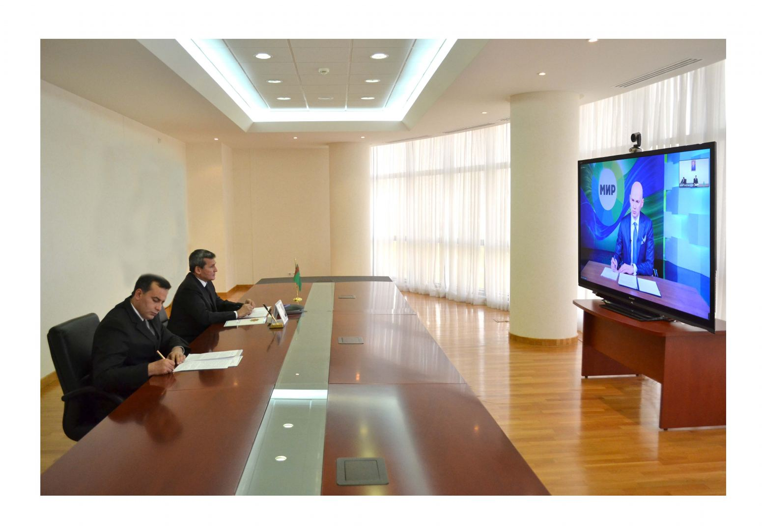 """Meeting with the leadership of the Interstate Television and Radio Company """"Mir"""""""