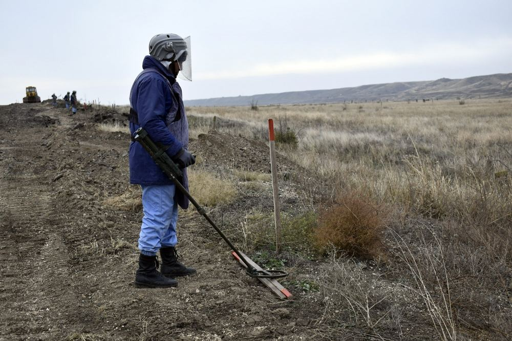 Azerbaijan's ANAMA continues demining road to liberated Sugovushan settlement (PHOTOS) - Gallery Image