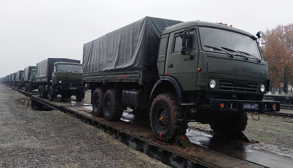 Logistic support assets of Russian peacekeepers in Karabakh arrive in Azerbaijan (PHOTO/VIDEO) - Gallery Image