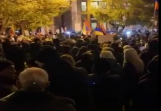 Protesters in Yerevan demand Pashinyan's resignation (VIDEO)