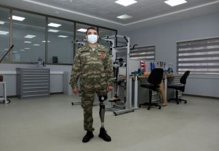 Azerbaijan presents first locally manufactured high-tech prostheses (PHOTO)