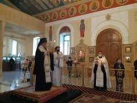 В Кафедральном Соборе Святых Жен-Мироносиц в Баку почтили память шехидов Отечественной войны (ФОТО) - Gallery Thumbnail