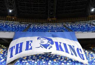 """""""Napoli""""nin stadionuna Maradonanın adı verilib"""