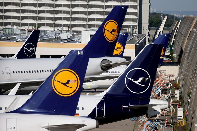 Lufthansa CEO sees bookings tripling in Summer 2021