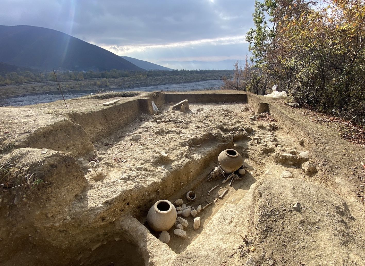 В Шеки открыты новые погребальные обычаи древней Албании (ФОТО) - Gallery Image