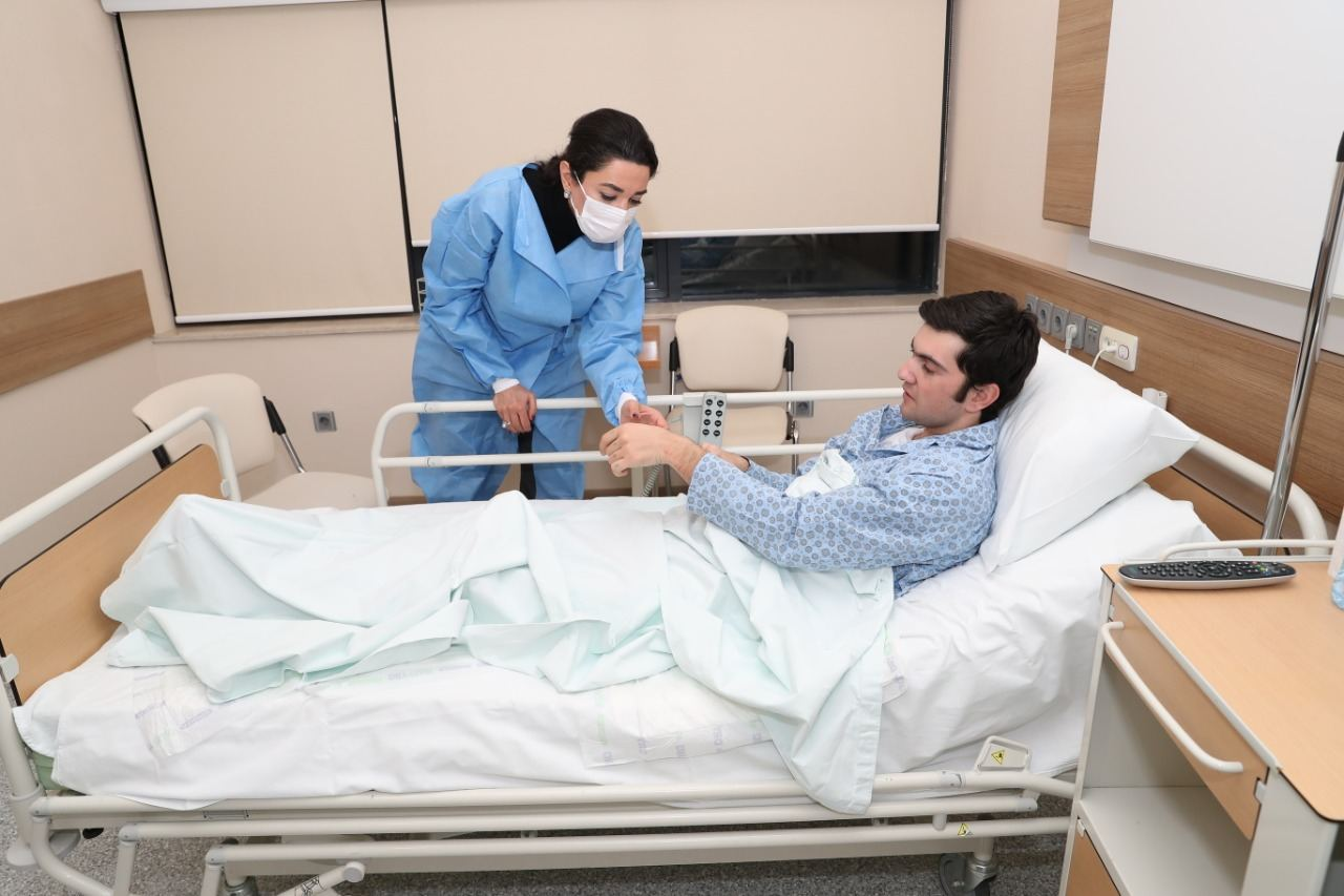 Ombudsman meets with prisoners of war, hostages returned to Azerbaijan (PHOTOS) - Gallery Image