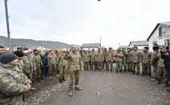 President Ilham Aliyev met with servicemen in Khanlig village of Gubadli disctict (PHOTO) - Gallery Thumbnail