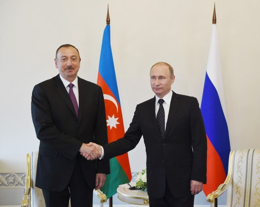 Russian president holds phone talk with his Azerbaijani counterpart
