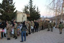 Фонд Гейдара Алиева и сеть супермаркетов Bravo доставили гостинцы солдатам в Агдаме (ФОТО) - Gallery Thumbnail