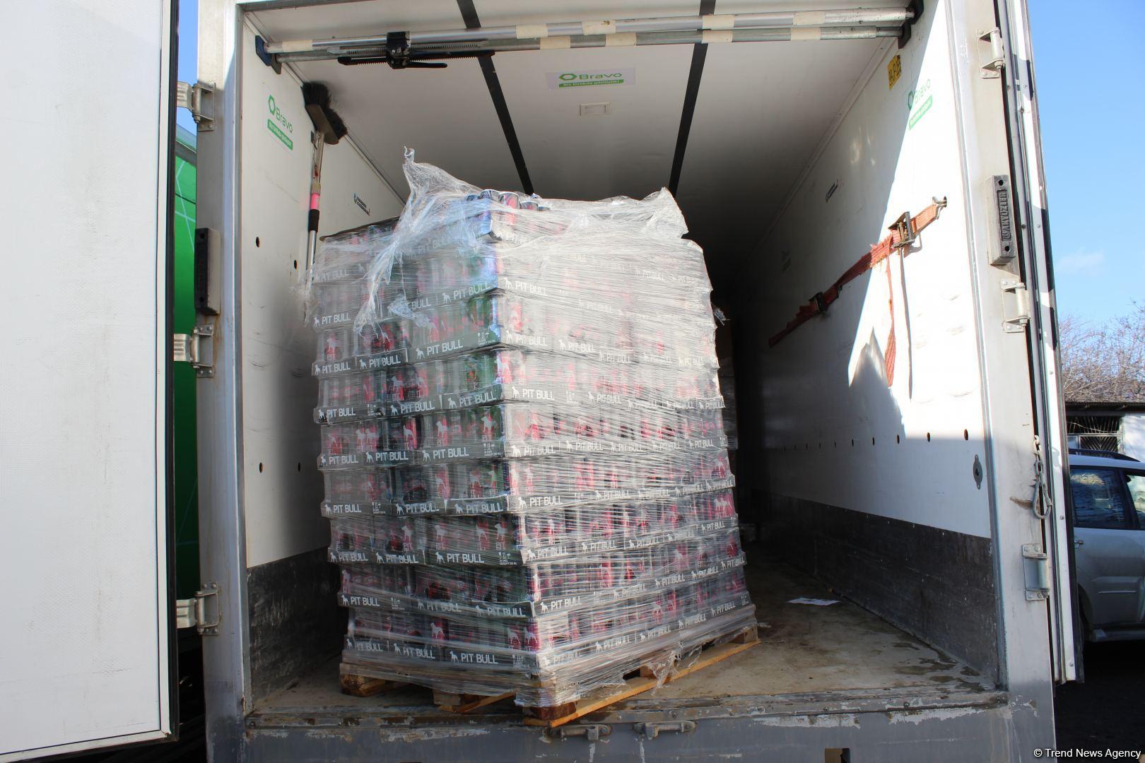 Фонд Гейдара Алиева и сеть супермаркетов Bravo доставили гостинцы солдатам в Агдаме (ФОТО) - Gallery Image