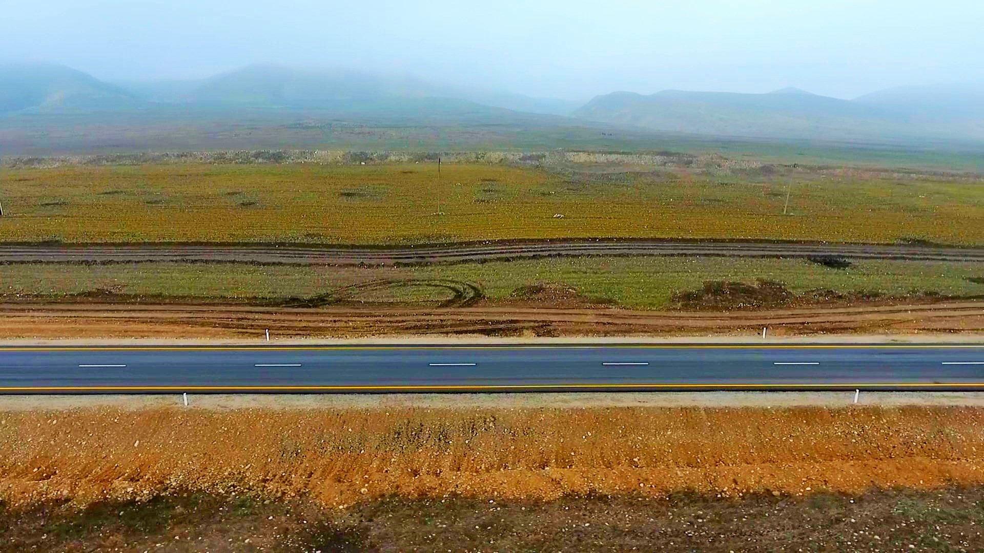 Завершен первый этап реконструкции автодорог в освобожденные села Суговушан и Талыш (ФОТО/ВИДЕО) - Gallery Image