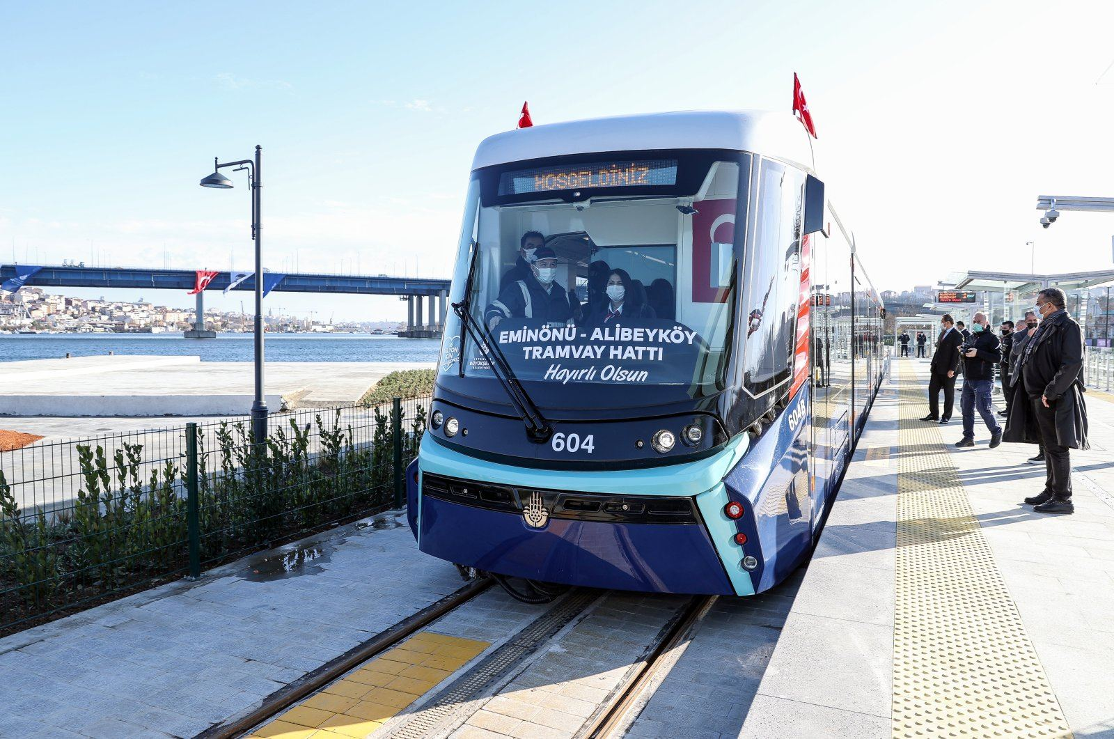 Golden Horn tram partially opens, to serve Istanbulites free for 10 days