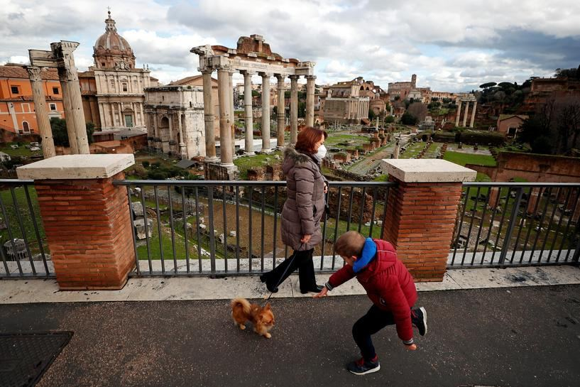 Italy imposes post-holiday COVID curbs to keep lid on infections