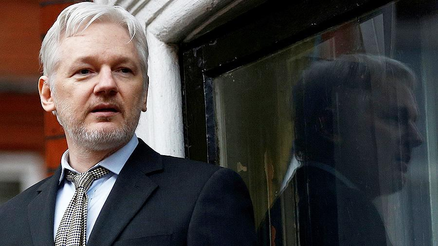 Assange's partner calls for the U.S. to drop charges