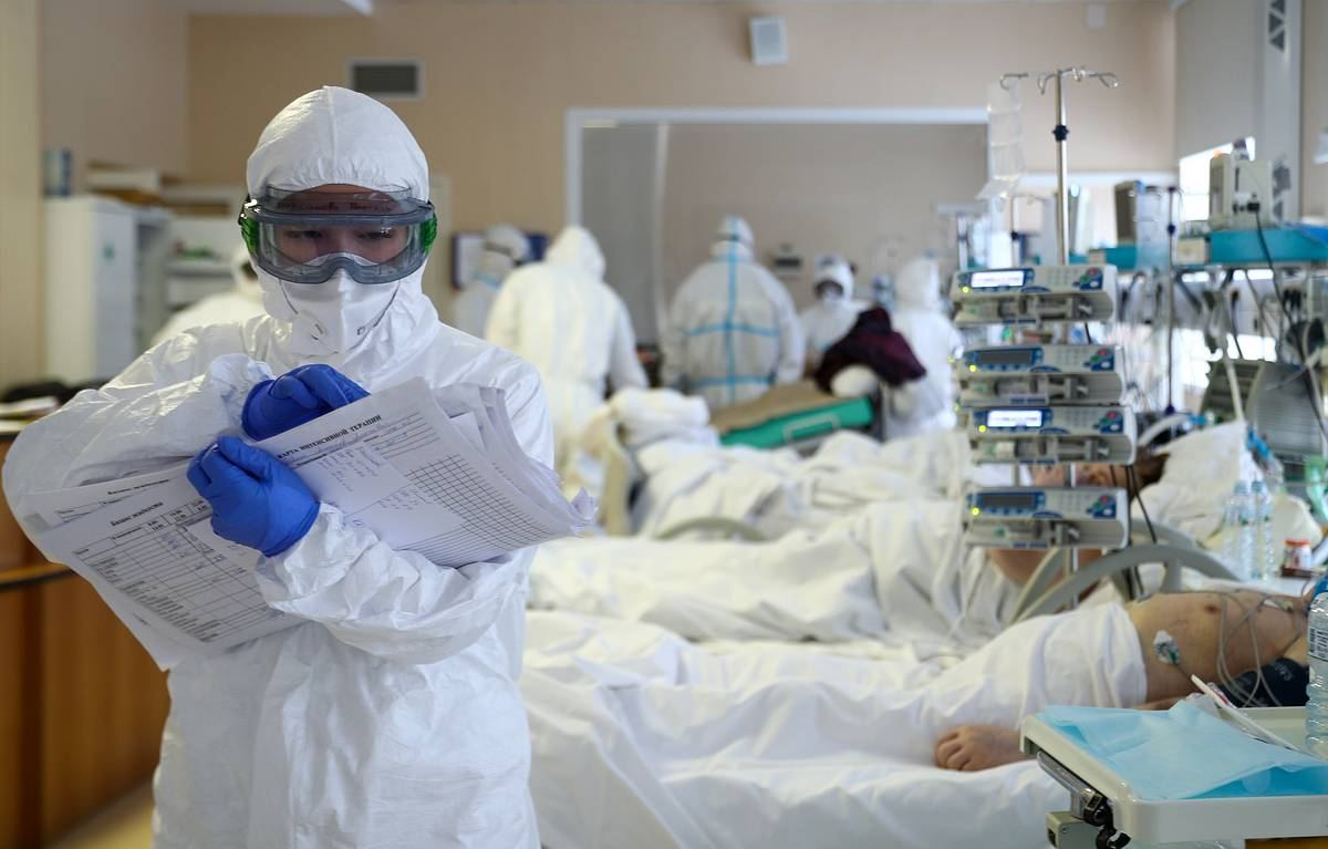 В мире за сутки выявили более 567 тыс. заразившихся коронавирусом