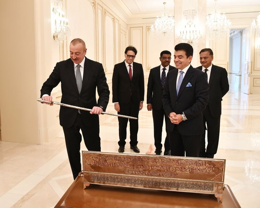 Director-General of ICESCO presents keepsake to President Aliyev on occasion of Victory (PHOTO) - Gallery Image