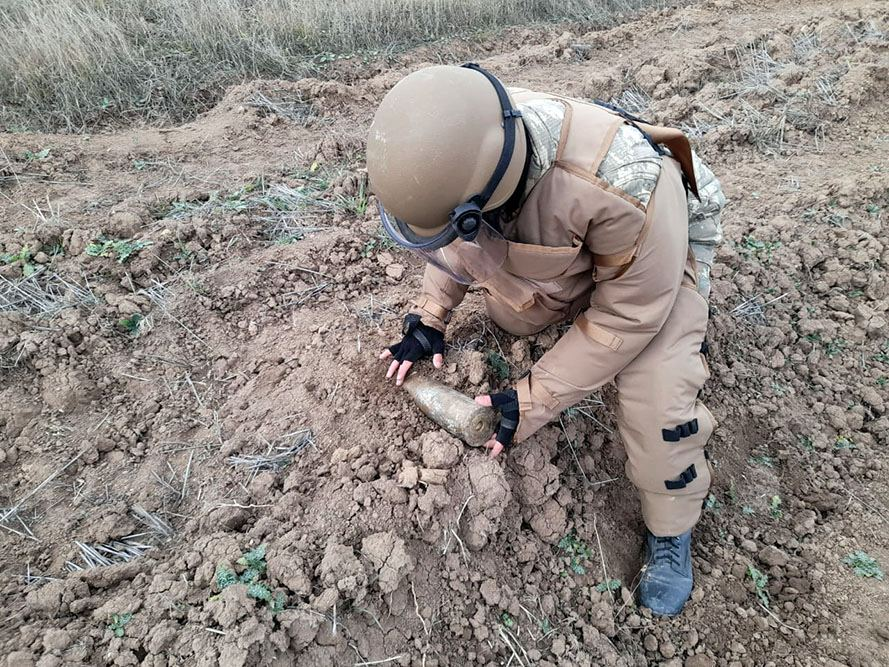 Azerbaijan conducting activity on engineering support for units stationed in liberated lands (PHOTO/VIDEO) - Gallery Image