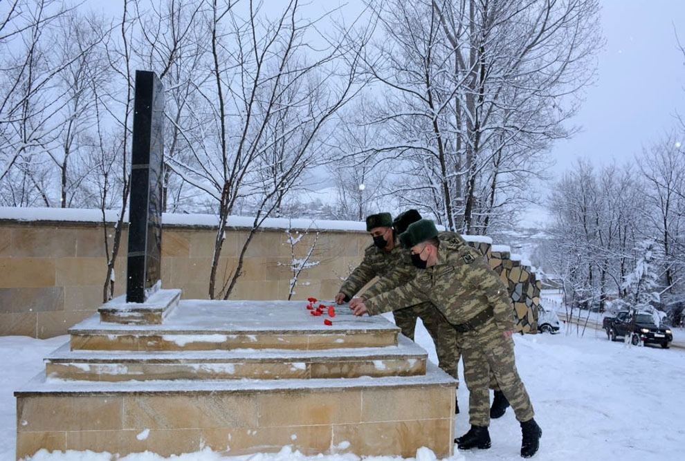 Azerbaijani troops hold several events in connection with January 20 tragedy (PHOTO/VIDEO) - Gallery Image