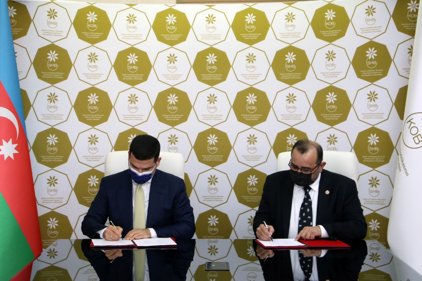Azerbaijan and Turkey ink MoU to support SMEs (PHOTO) - Gallery Image