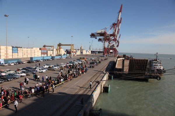Iran unveils details of exports and imports via Imam Khomeini port