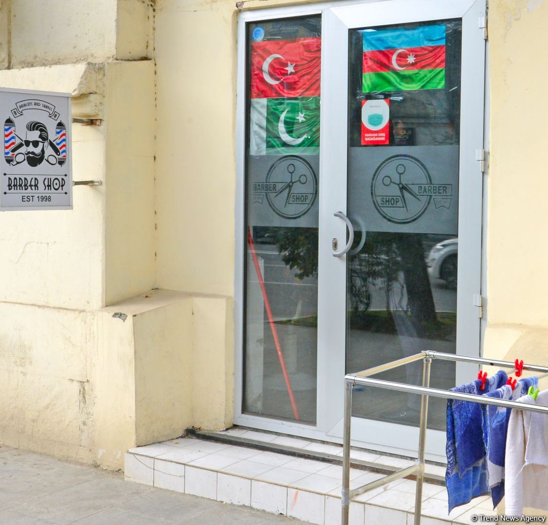 Trade facilities, hairdressers, and beauty salons resume activity in Azerbaijan (PHOTO) - Gallery Image