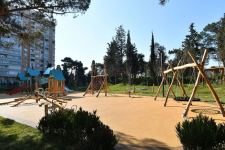 Azerbaijani president, first lady attend opening of new forest park in Yasamal district (PHOTO) - Gallery Thumbnail