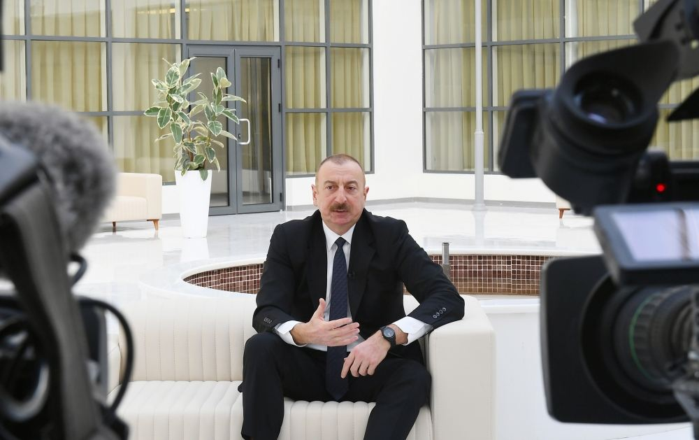 Those who run after cheap popularity experience bitter end - President Aliyev