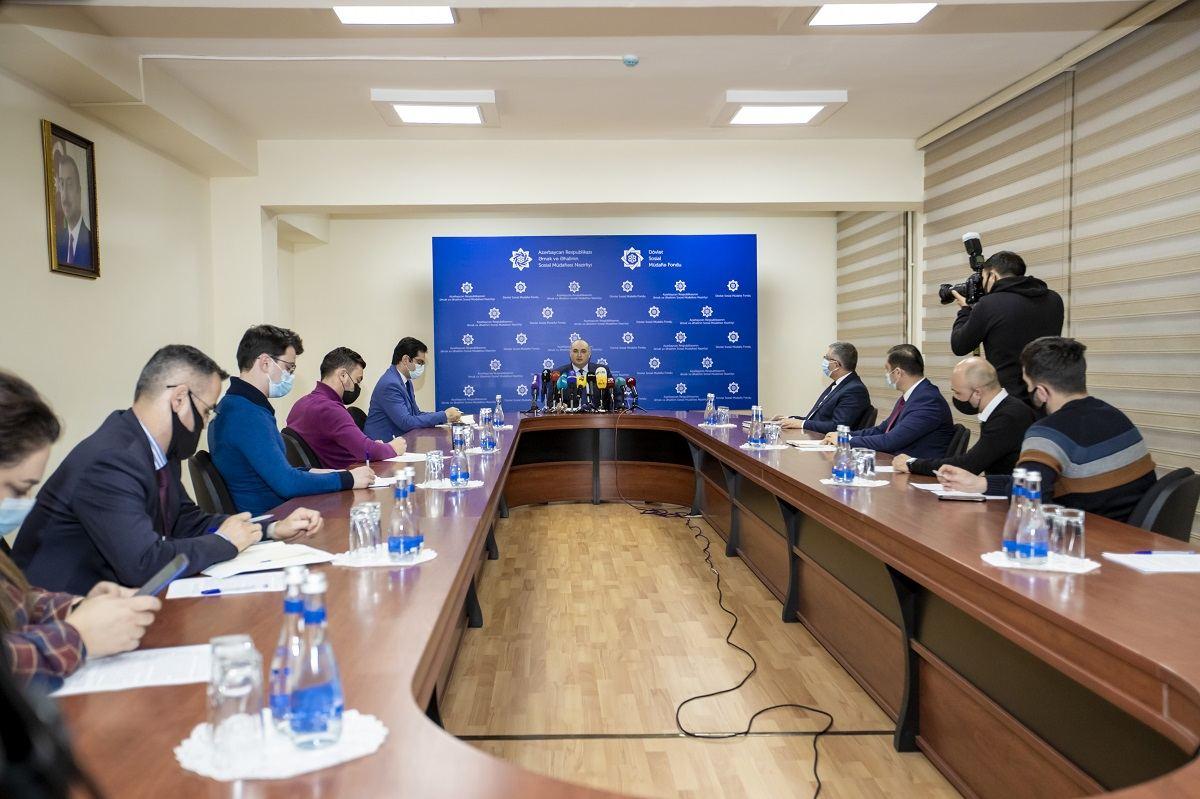 Prezident İlham Əliyevin Sərəncamı ilə pensiyalar və fərdi hesablardakı pensiya kapitalları artırıldı (FOTO)