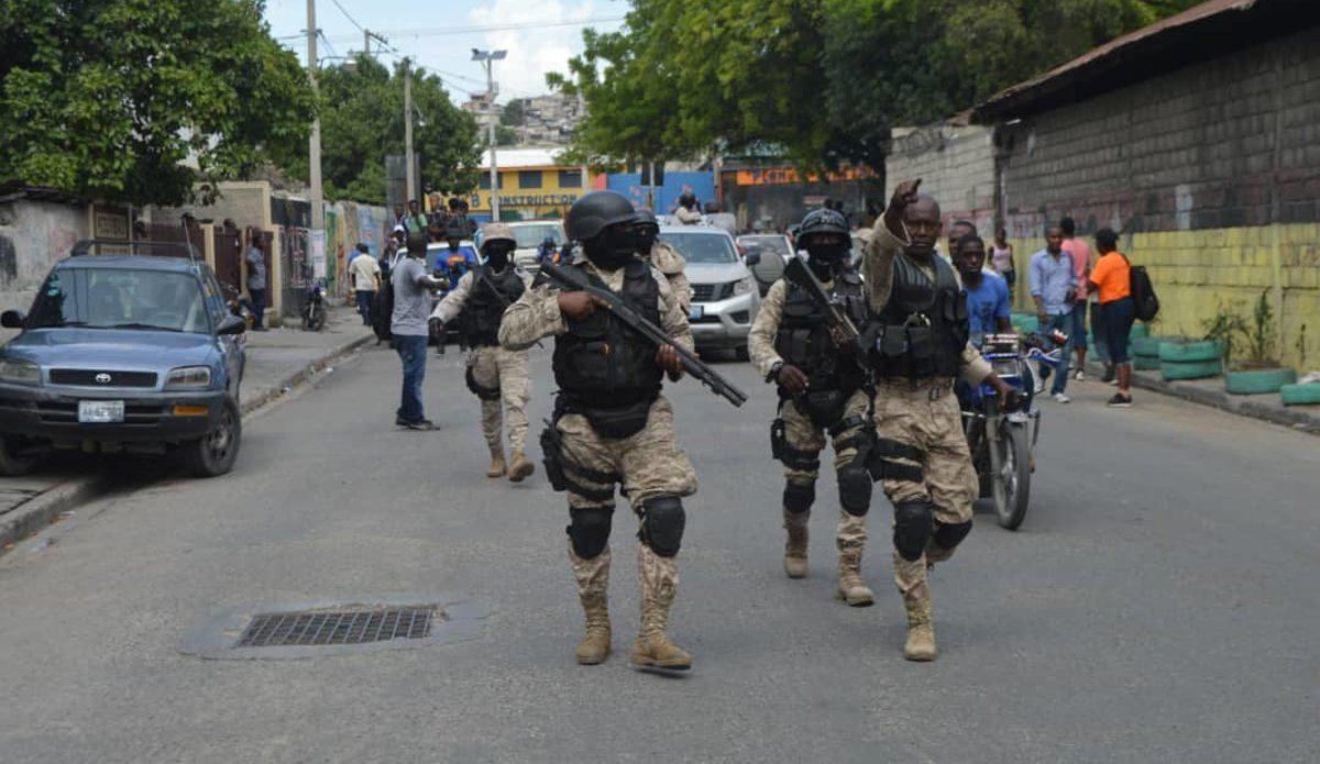 На Гаити похитили группу католических церковнослужителей