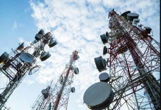 Iran launches telecommunication projects in Isfahan Province