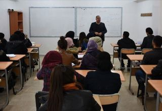 More than 165,000 apply for Turkey's most popular scholarship