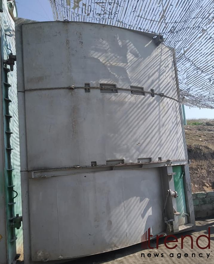 Azerbaijani flag flying over two-story bunker built by Armenia (PHOTO) - Gallery Image