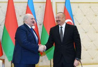 Aleksandr Lukaşenko: Prezident İlham Əliyev postsovet məkanındakı prezidentlər arasında ən savadlı, ən mədəni insandır