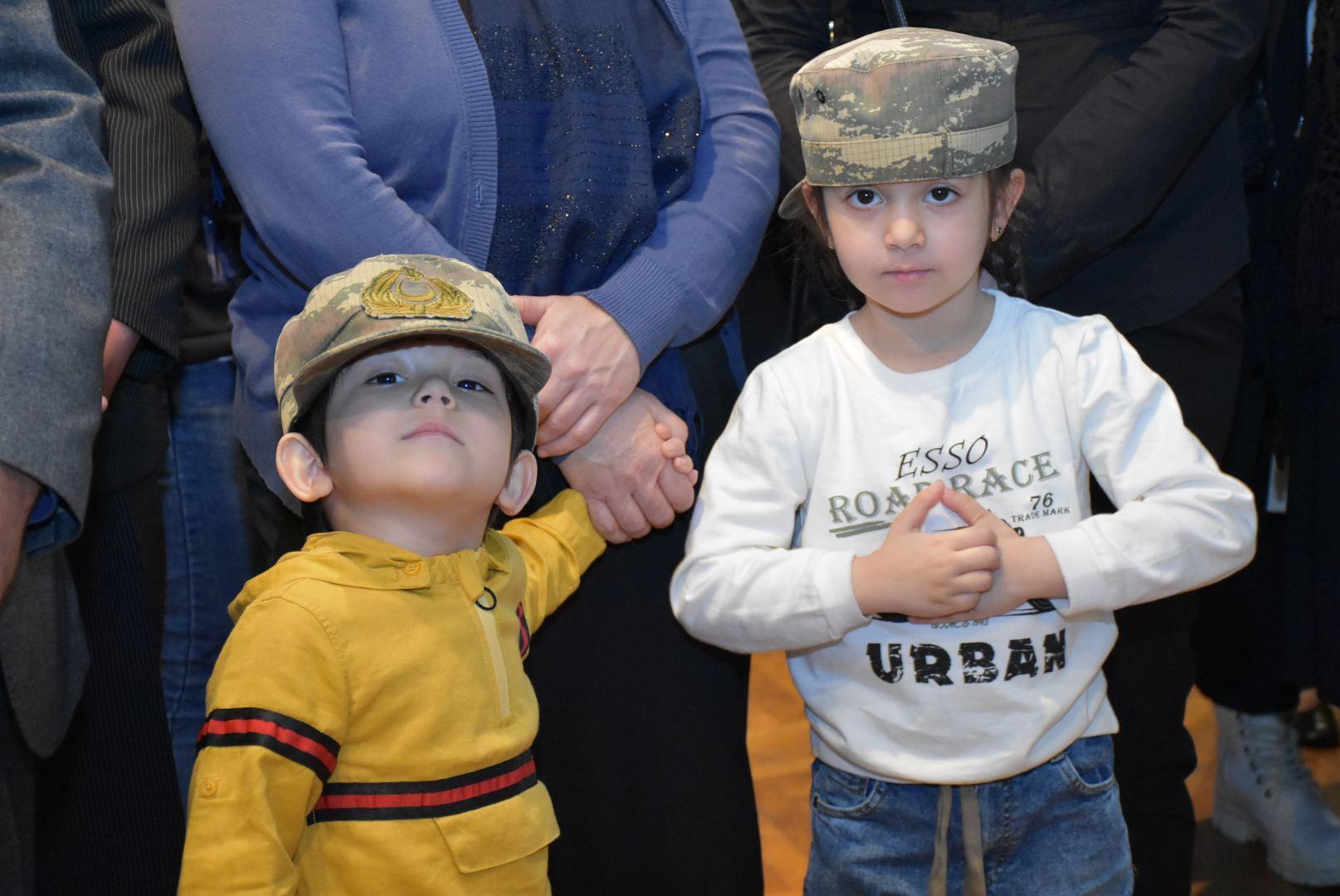 В Азербайджане открылась выставка, посвященная светлой памяти шехидов (ФОТО/ВИДЕО) - Gallery Image