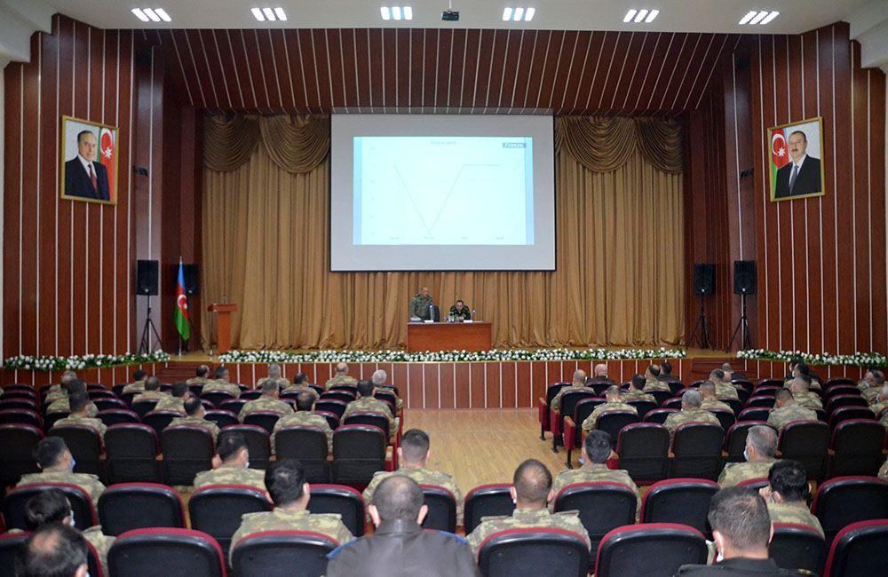 В азербайджанской армии прошли сборы с заместителями командиров подразделений по идеологической работе (ФОТО) - Gallery Image