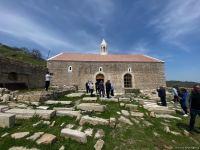 Члены Албано-удинской христианской религиозной общины Азербайджана в древнем албанском храме в селе Туг - Trend TV (ФОТО) - Gallery Thumbnail