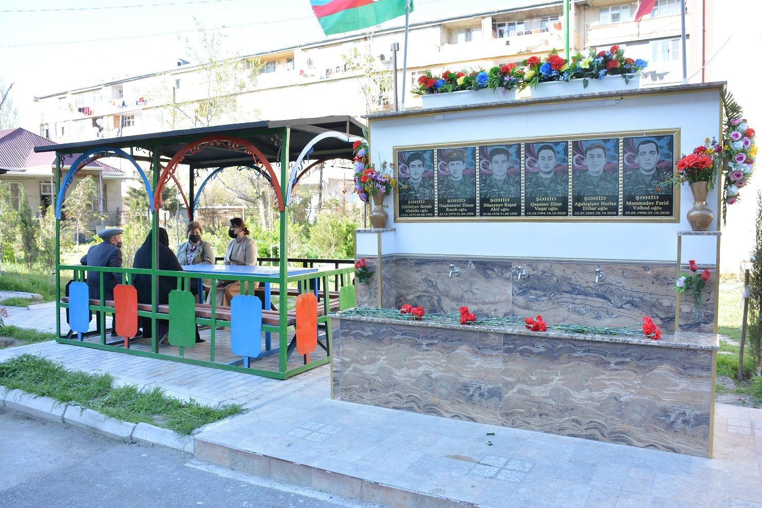 Xırdalanda 6 şəhidin xatirəsinə bulaq kompleksi tikilib (FOTO) - Gallery Image