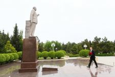 President Ilham Aliyev arrives in Hajigabul district for visit (PHOTO) - Gallery Thumbnail