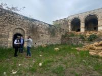 Israeli journalists visit roadside inn in Azerbaijan's Fuzuli, turned into barn by Armenians during occupation (PHOTO) - Gallery Thumbnail