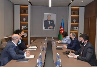 Azerbaijani FM holds meeting with ADB Director for Azerbaijan (PHOTO)