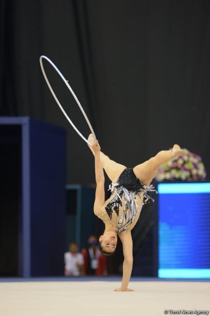 Milli Gimnastika Arenasında bədii gimnastika üzrə Dünya Kubokunun birinci günü başlayıb (FOTO) (ƏLAVƏ OLUNUB) - Gallery Image