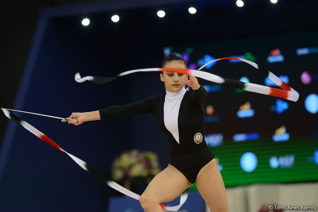 Results of Azerbaijani gymnasts' performance in exercises with clubs, ribbons as part of Rhythmic Gymnastics World Cup in Baku (PHOTO) - Gallery Image